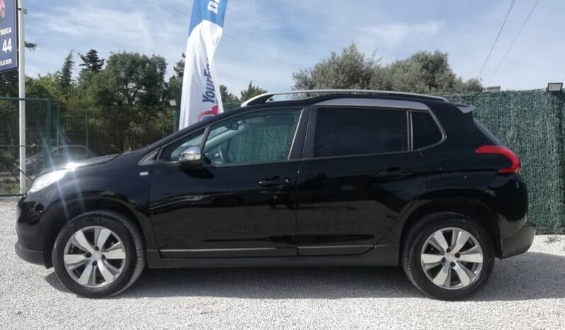PEUGEOT 2008 1.6 BlueHDi Style completo