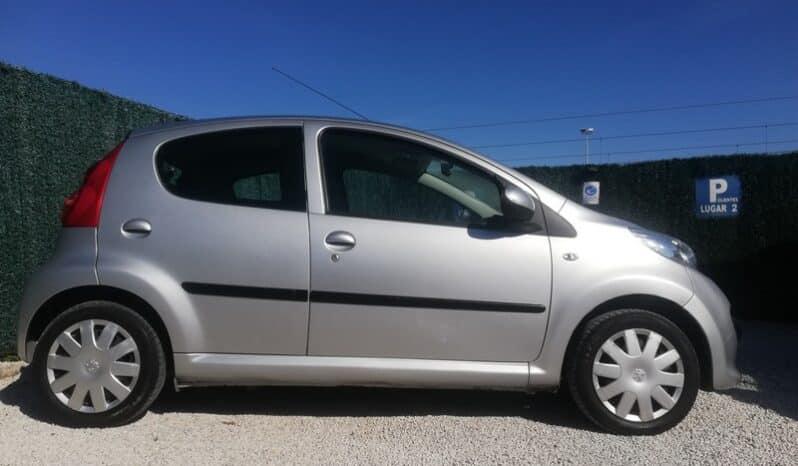 Peugeot 107 1.0 Trendy completo